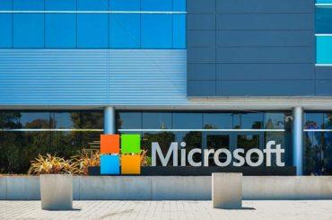Asómbrate con Microsoft HoloLens